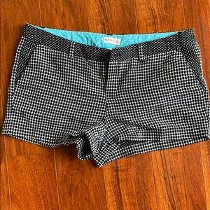 12 short shorts black white checkered belt loops